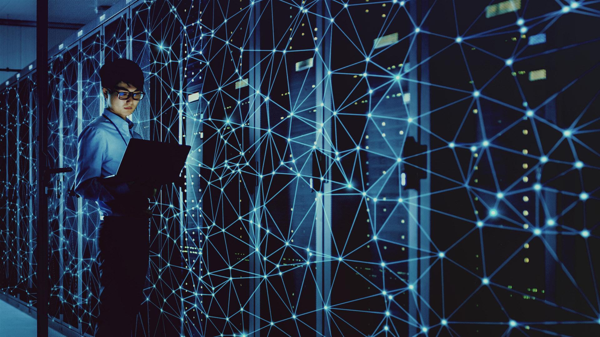 Sicherheit, Sicherheitslücke, Hacker, Security, Hack, Angriff, Server, Netzwerk, Cybercrime, Hacking, Cybersecurity, Supercomputer, Hackerangriff, Internetkriminalität, Darknet, Programmierer, Hacker Angriffe, Ethernet, Rechenzentrum, Cyber, Wartung, Serverfarm, Coder, Serverrack, Supercomputing, Rechenzentren, Datencenter, Datacenter, Serverraum, Serverschrank, Wartungsarbeiten, Engeneer