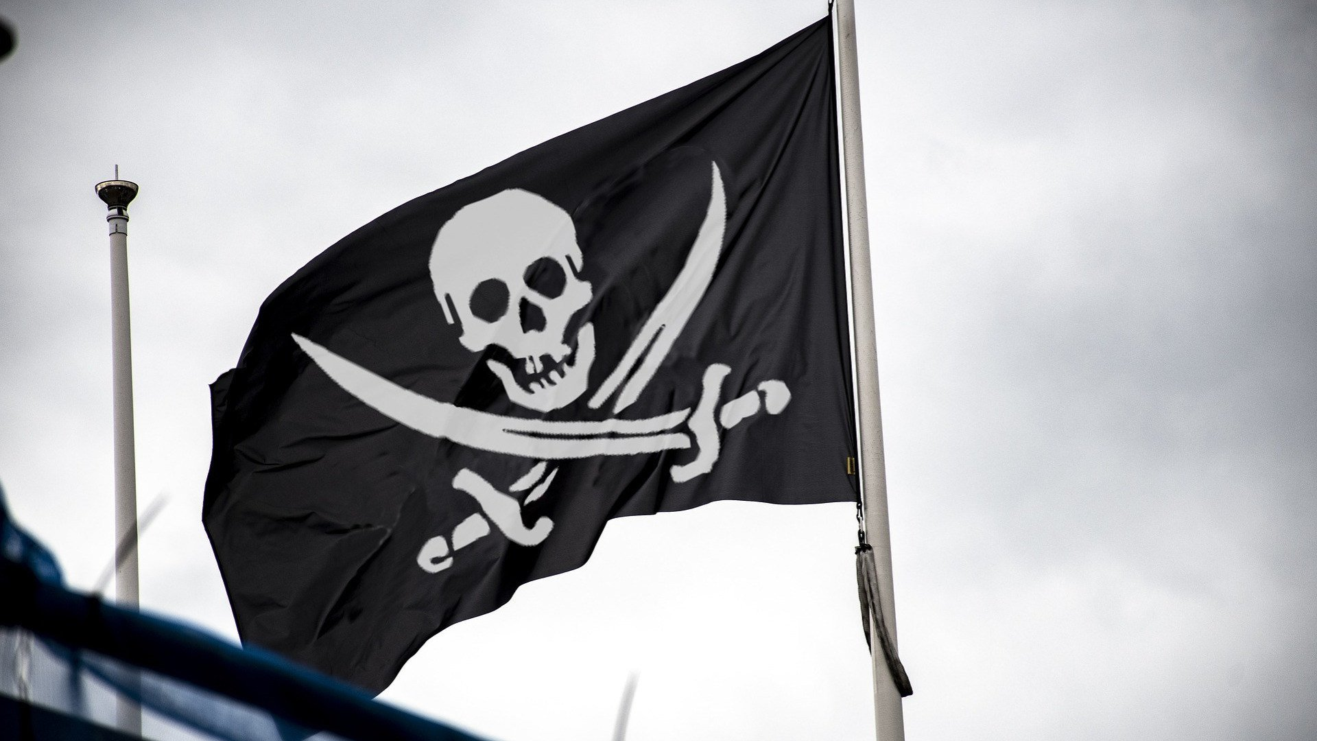 Filesharing, Piraterie, Illegal, Piracy, Totenkopf