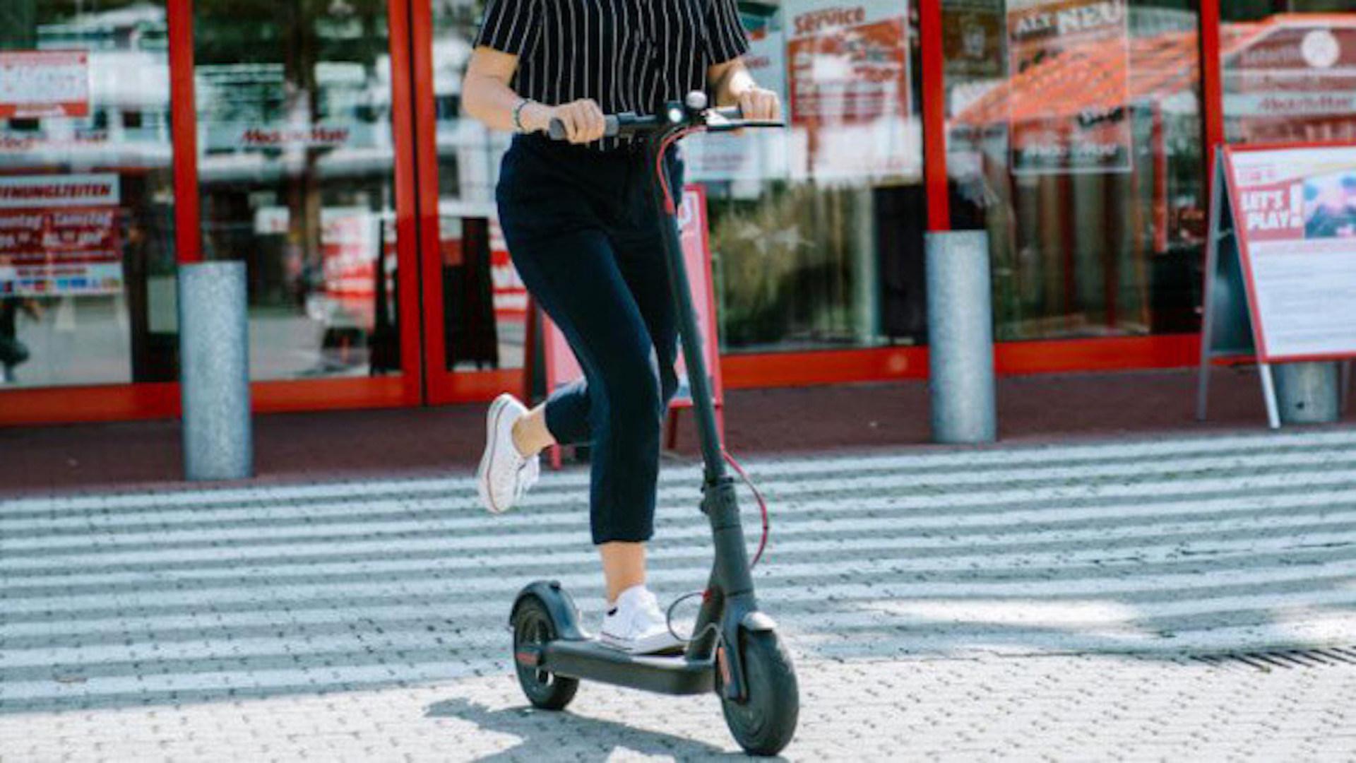 Saturn, Media Markt, Elektromobilität, E-Scooter, E-Roller, Elektroroller, E-Mobilität, tretroller, Elektroscooter, Elektro-Tretroller