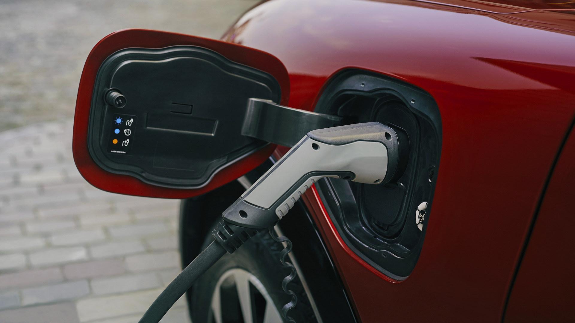 Akku, Auto, Elektroautos, Energie, Batterie, Elektroauto, E-Auto, Laden, Ford, Automobil, Elektroantrieb, Charging, Ford Mustang Mach-E, E-Antrieb