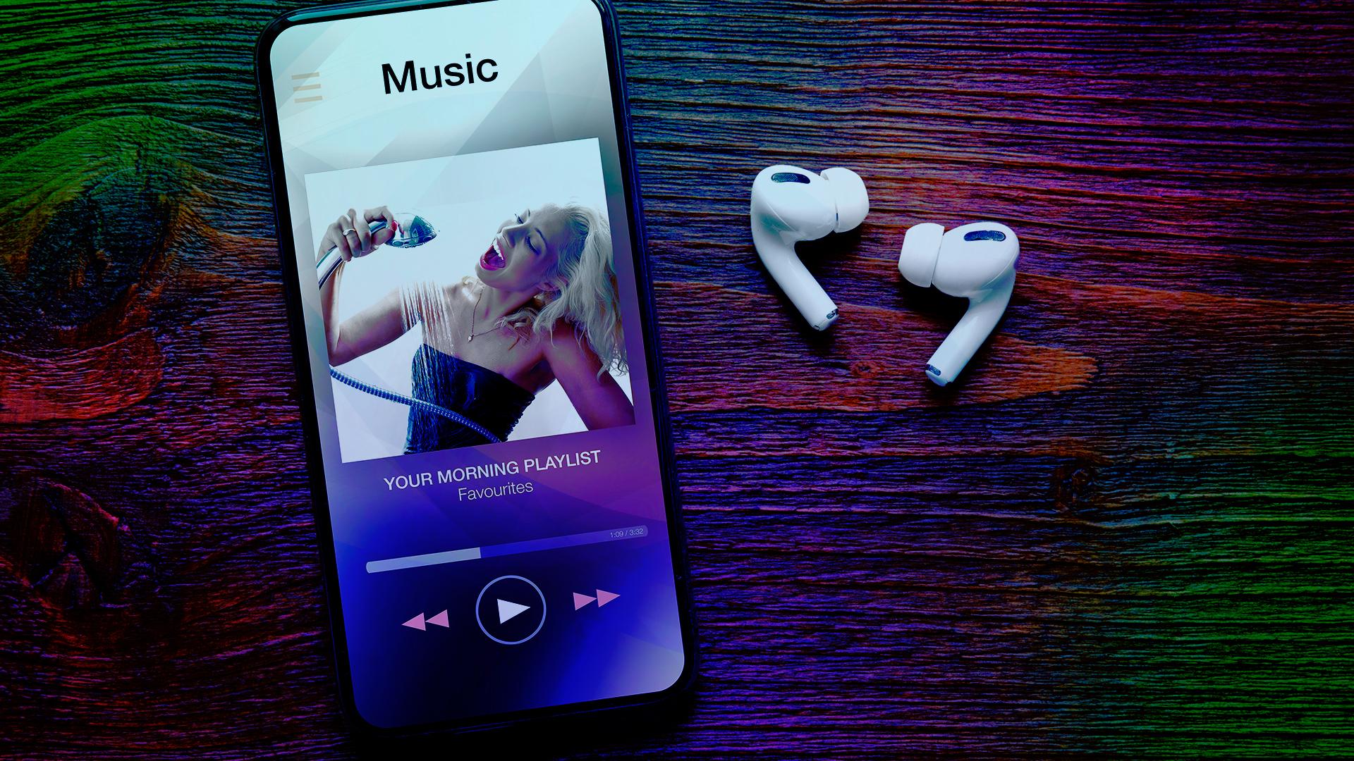 Smartphone, Streaming, Musik, Streamingportal, Kopfhörer, Audio, Headset, Musik-Streaming, musikstreaming, Player, Musikdienst, abspielen, AirPods, Play, Musik-Plattform, Audio Player, Musikflat, playlist, AirPods Pro, Song, Musik Streaming, Music Streaming