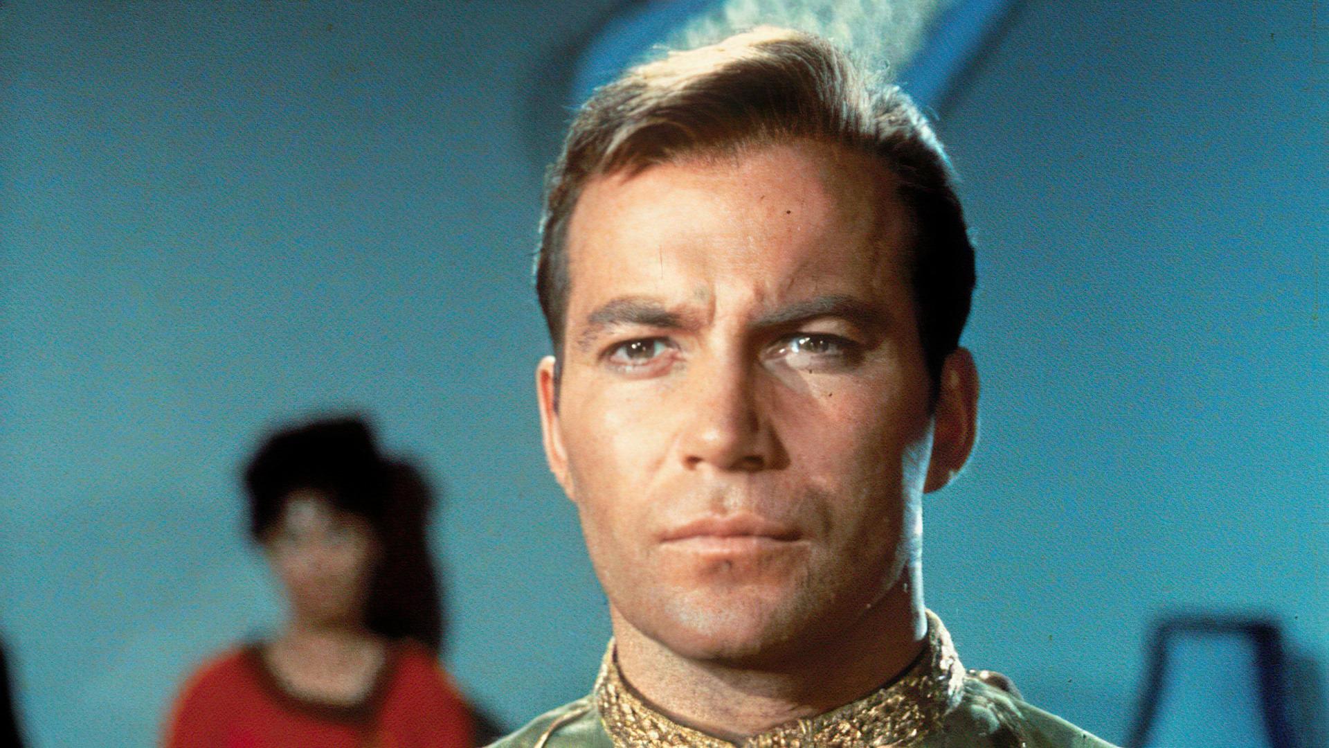 Captain Kirk alias William Shatner fliegt mit Amazon-Chef ins All