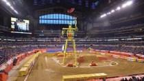 XXL-Roboter der Autos jongliert: Investoren f�r Bugjuggler gesucht