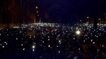 Hunderttausend Ungarn fegen geplante Internet-Steuer vom Tisch
