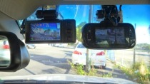 Dashcam filmt Schaden an einem Auto, vom Gericht gibt es aber Bußgeld