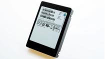 Samsungs SSD mit über 15 Terabyte im 2,5-Zoll-Format wird geliefert