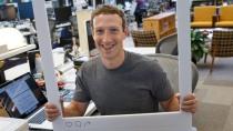 Facebook-Chef Zuckerberg �berklebt Kamera und Mikro seines Laptops
