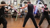 """LucasFilm verklagt den """"Jedi-Klub"""" und die """"Lichtschwert-Akademie"""""""