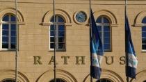 Schwerin: Mega-Strafe für Livestream-Mitschnitte des Stadtrats