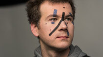 Entwickler täuscht Gesichtserkennungskameras mit Schminke