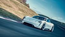 Porsche gegen Tesla: 400 Kilometer Reichweite in 20 Minuten aufladen