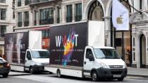 P20: Huawei parkt Werbung direkt vor den Stores von Apple & Samsung