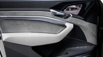 Audi verbaut bei seinem Elektro-SUV OLED-Displays statt Seitenspiegeln