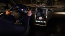 Tesla verlangt künftig Geld für das bisher kostenlose Internet im Auto