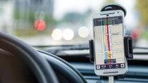Besser Navigationsgerät oder App: Stiftung Warentest will es wissen