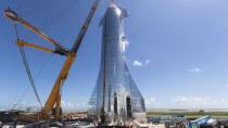 SpaceX zeigt das glänzende Mars-Raumschiff in all seiner Pracht