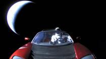 SpaceX-Starman & Tesla von Elon Musk fliegen erstmals am Mars vorbei
