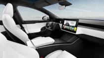 Tesla will offenbar auf Teufel komm raus das eckige Lenkrad beibehalten