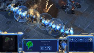 Starcraft: Arroganter Profi schläft und gewinnt mit den Füßen