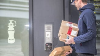 Vodafone: Smarter Türöffner für Erfolg bei der Paket-Zustellung