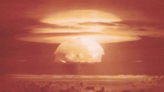 Explosion, Atombombe, Nuklearwaffen