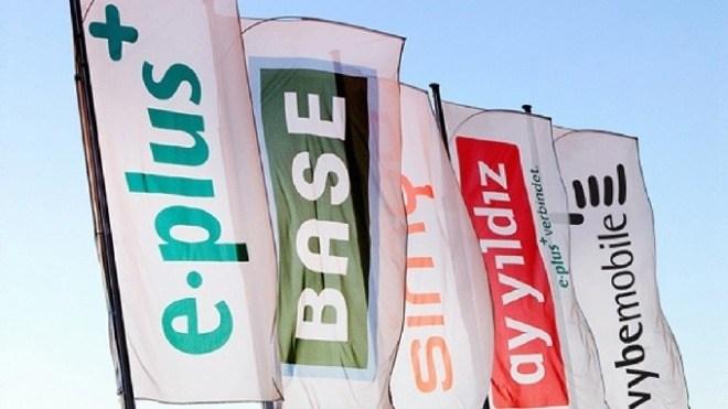 E-Plus, Base, Simyo, Flaggen