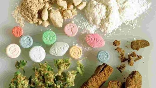 Drogen, Tabletten, Pulver