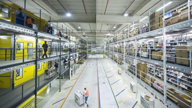 Amazon will bis Ende 2018 100.000 neue Jobs in den USA schaffen